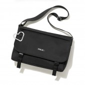 mini特別編集 MILKFED. SPECIAL BOOK Big Messenger Bag #BLACK